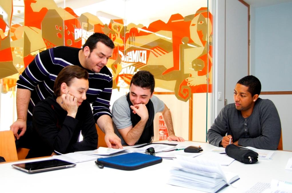 Exam preparation at Proyecto Español